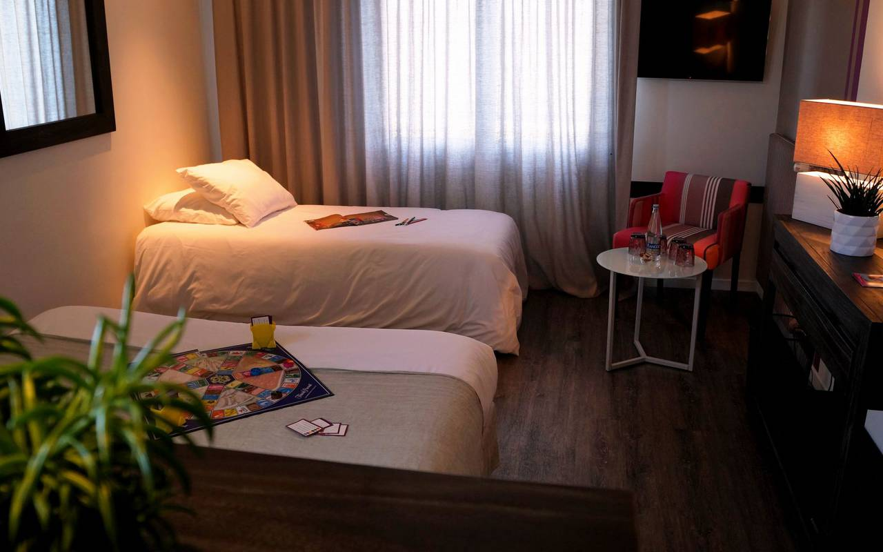 Family room, Carnac hotel, Lann Roz